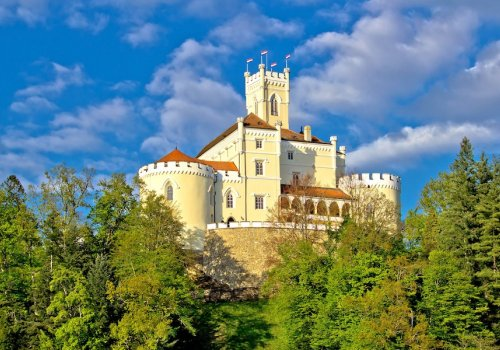 The land of green hills, fairytale castles and picturesque landscapes
